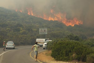 Raging fire on Chapman's Peak in Cape Town