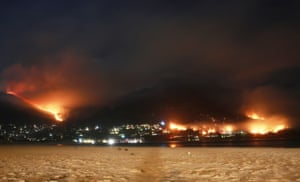 Fire in the mountains surrounding Hout Bay