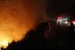 Battling a blaze near Cape Town