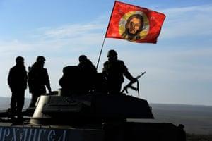 Pro-Russia fighters near the eastern Ukrainian city of Starobeshevo in Donetsk region, on 25 February.