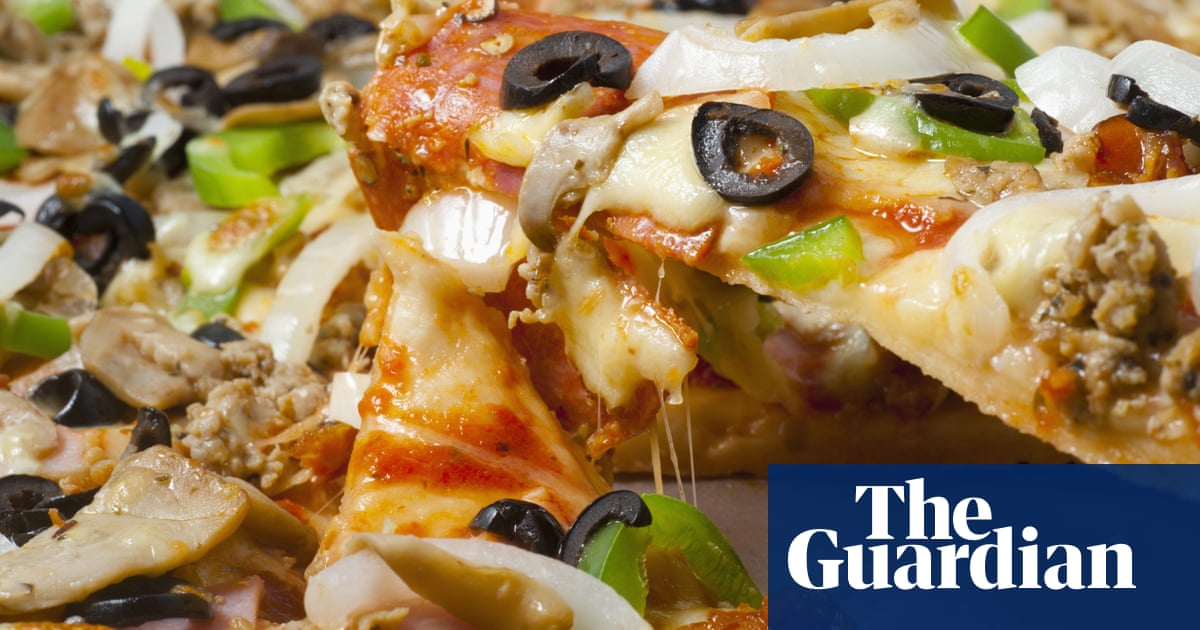 Supermarket Pizza Hacks What Do You Put On Yours Food
