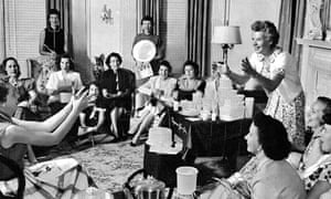 Brownie Wise at a Tupperware party