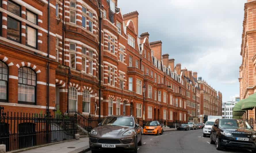 Chelsea London middle-class decline