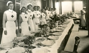 Nurses awaiting the arrival of troops from the front