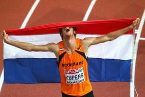 Thijmen Kupers of Netherlands wins bronze in the Men's 800 metres Final.