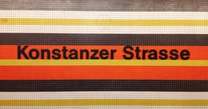 Konstanzer Strasse on the U7, using Helvetica, station sign.