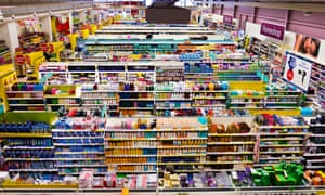 Tesco supermarket shelves: fewer low income families are shopping at supermarkets, the latest instalment of the Real LIfe Reform study finds.