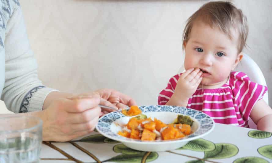 Maria Ehrnström–Fuentes' toddler Ester in Vaasa, Finland.