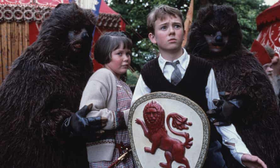 One of Alan Seymour's most popular dramatisations was The Chronicles of Narnia in the 1980s.