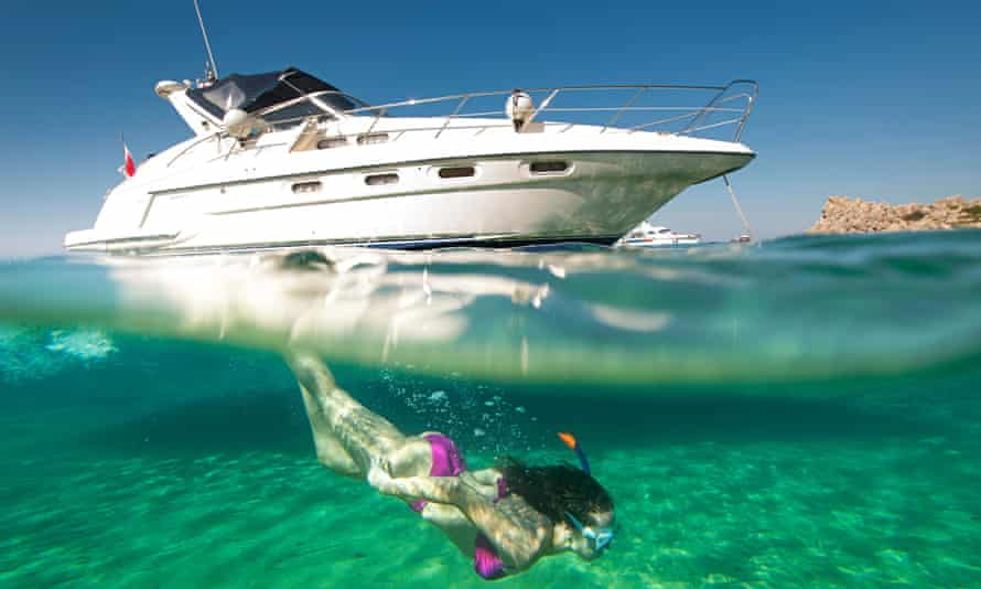 Snorkelling from a speedboat