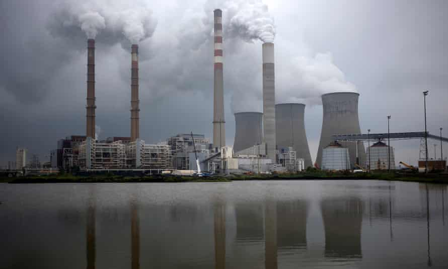 The Tennessee Valley Authority Paradise Fossil Plant. Record numbers of US coal plants are set to close this year.