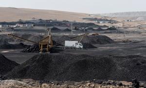 Mining for coal Holingol
