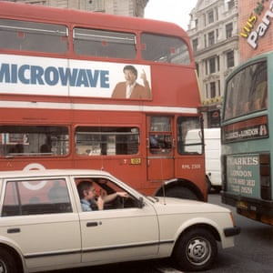 Vauxhall Astra Mk 1, Piccadilly, W1 – and Jimmy Tarbuck on a Routemaster.