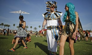 Seapunk and parasols: welcome to California!