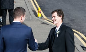 Jamie Murray shakes hand with another wedding guest