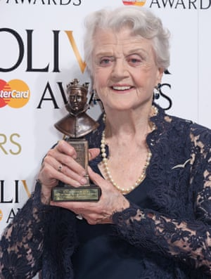 Angela Lansbury, winner of best actress in a supporting role.