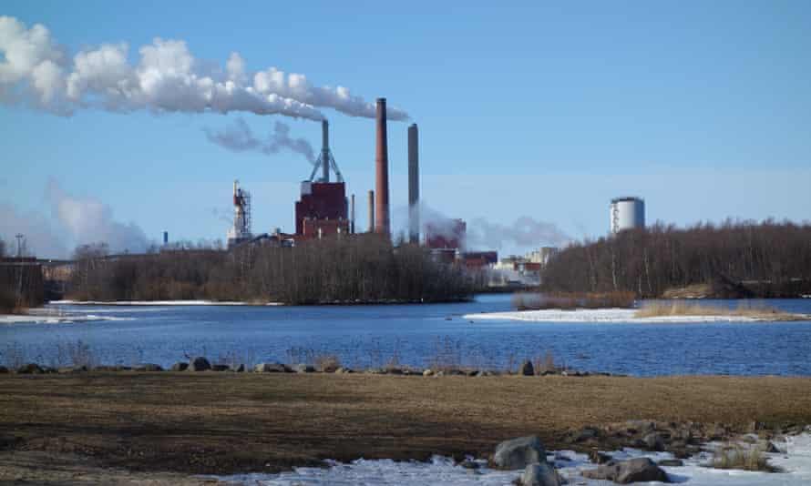 A mill dominates the Oulu skyline