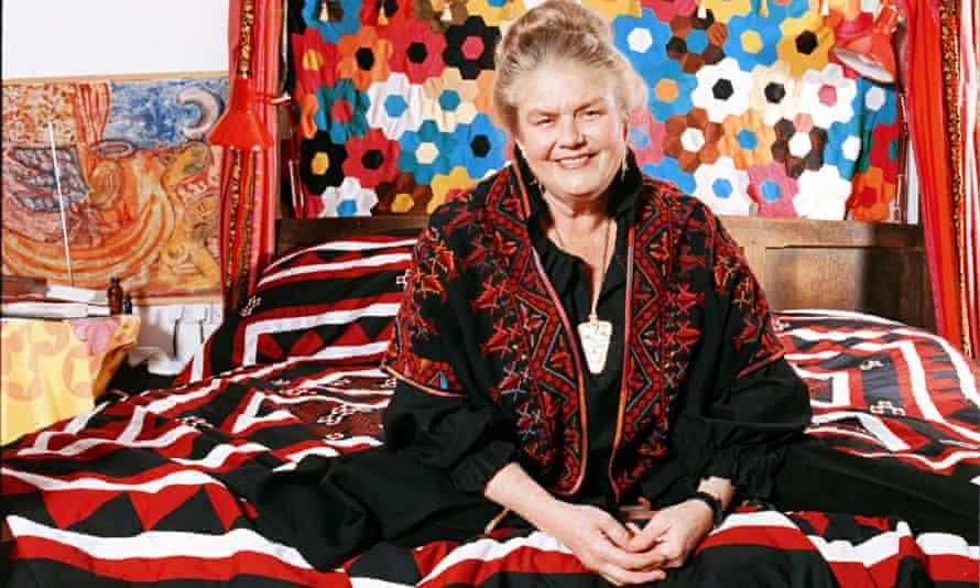 Sheila Kitzinger in 1992