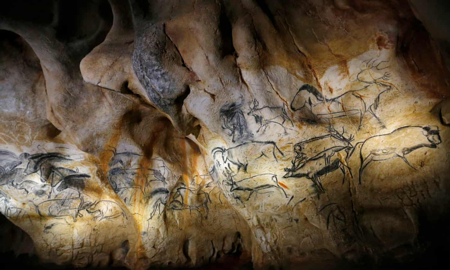Prehistoric Ardèche cave art brought to life in €55m replica
