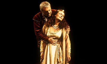 Judi Dench and Anthony Hopkins in Antony and Cleopatra, National Theatre, London