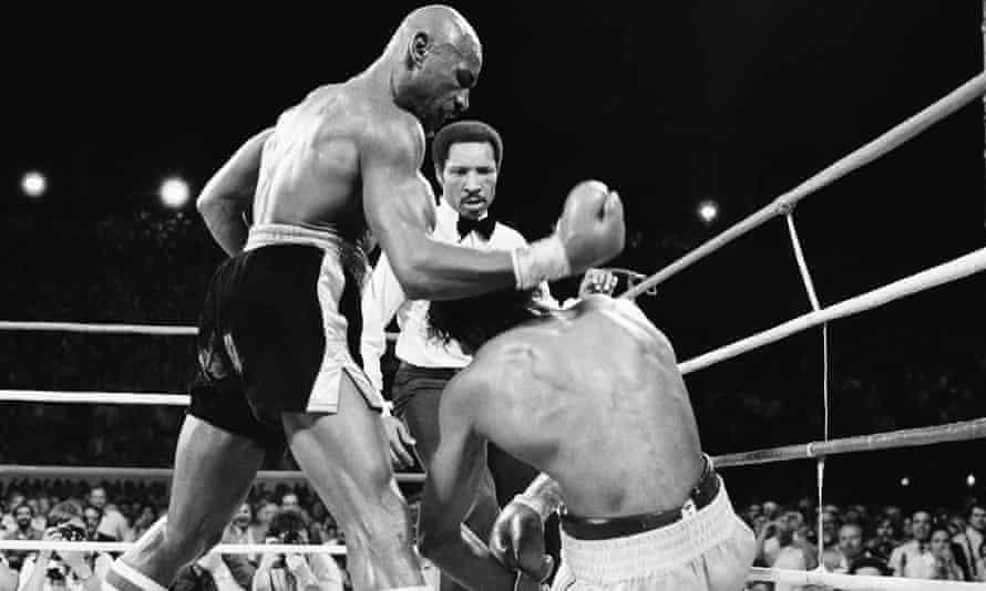 Hagler knocks Hearns down in the third round in Las Vegas.