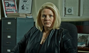 Joanna Scanlan as DI Vivienne Deering in No Offence.