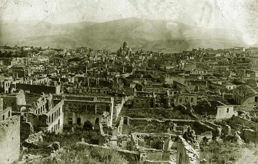 A panoramic view of Shushi, in Karabakh, after it was purportedly destroyed by Ottoman troops.