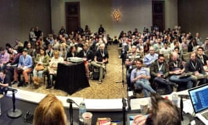 Audience at the SXSW Mobile UX Revolution session