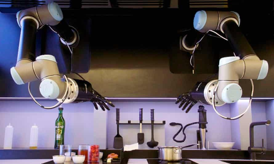 The robo-chef in action