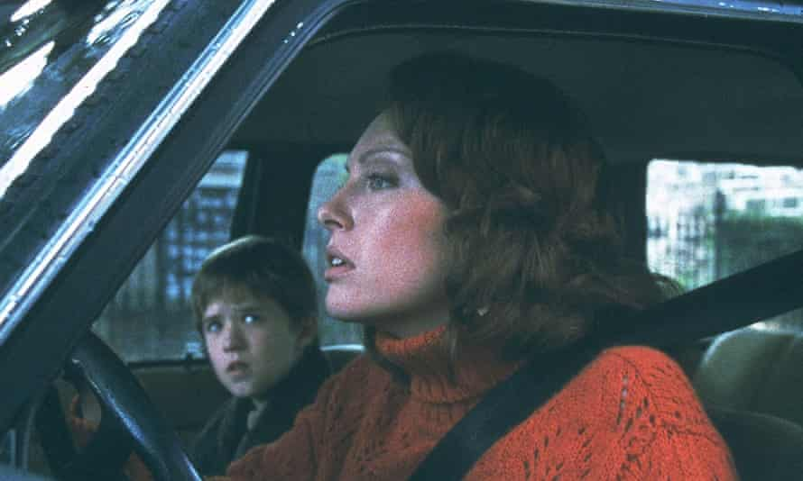 Collette and Haley Joel Osment in The Sixth Sense.