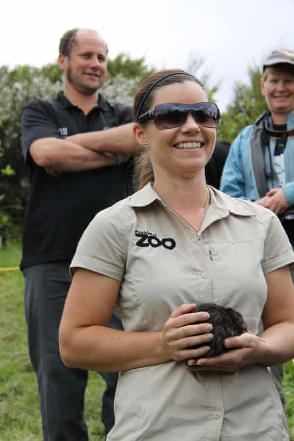 Auckland Zoo employee, Michelle Whybrow, with kiwi during public release on Rotoroa.