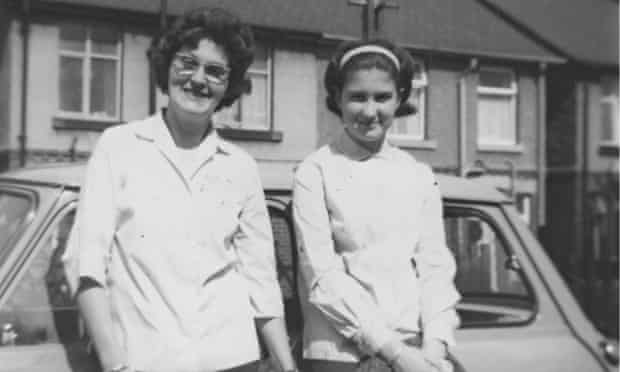 Jenni Murray aged 14 with mother