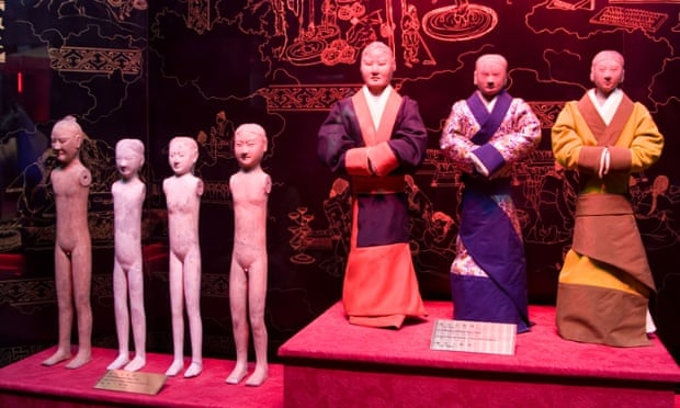 Terracotta figures at Han Yang Ling Museum.