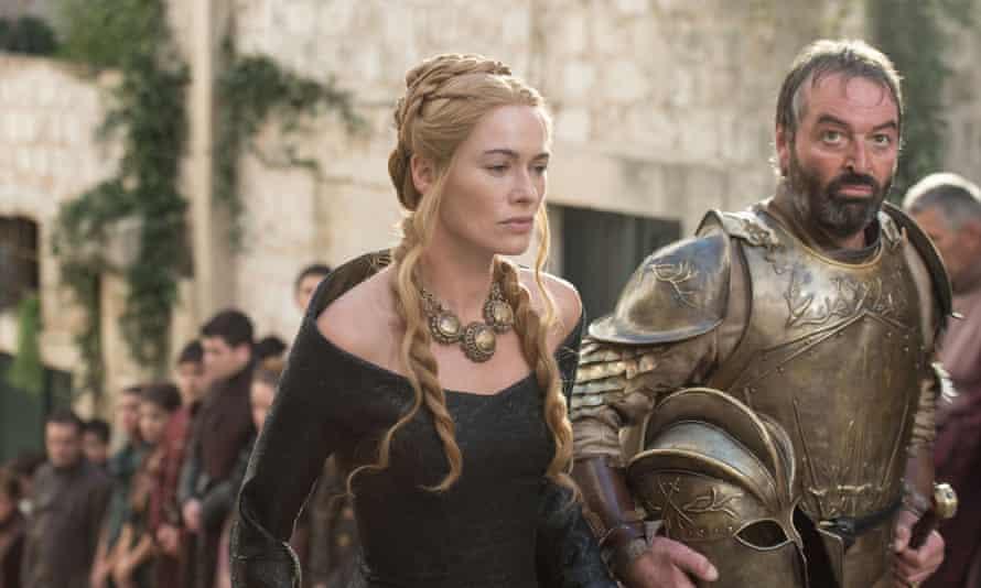 Lena Headey as Cersei Lannister and Ian Beattie as Meryn Trant in Game of Thrones.