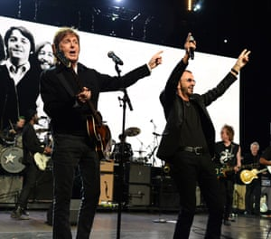 Paul McCartney and Ringo Starr perform at the 2015 Rock and Roll Hall of Fame induction ceremony