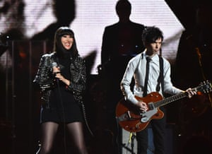 Karen O and Nick Zinner of Yeah Yeah Yeahs at the 2015 Rock and Roll Hall of Fame induction ceremony