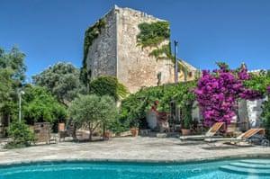 Surreal estate: Torre San Nicalau, Mahon, Menorca.