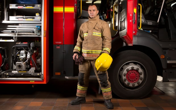 Znalezione obrazy dla zapytania david hillier firefighter
