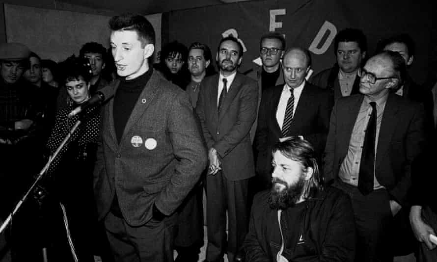 Billy Bragg speaking at the Red Wedge launch at the House of Commons, 1985.