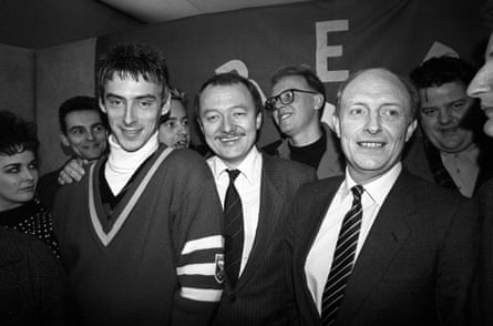Paul Weller with GLC leader Ken Livingstone and Labour leader Neil Kinnock at the launch of Red Wedge in 1985.