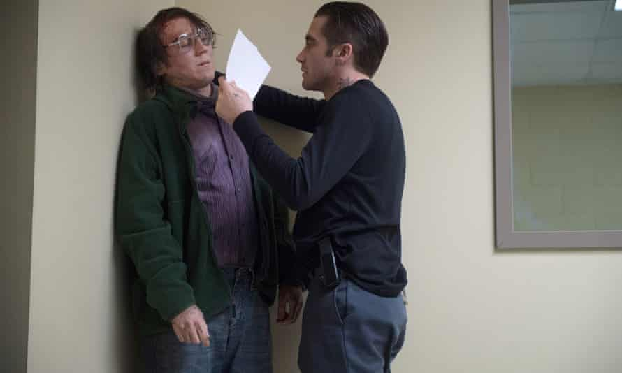 Paul Dano and Jake Gyllenhaal in Prisoners