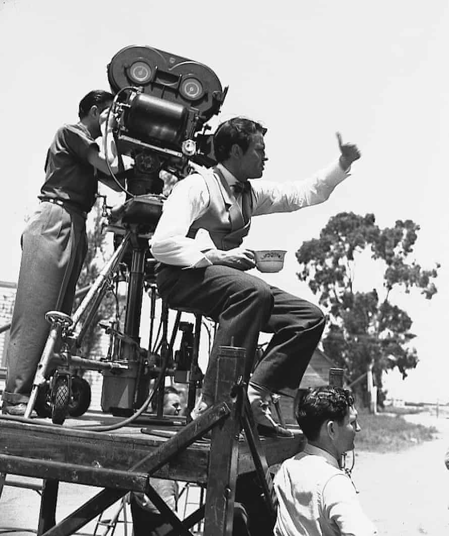 Orson Welles directs a scene from Citizen Kane in Hollywood, July 1940