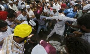 india farmers protest suicide