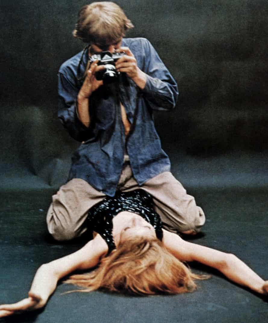 DAVID HEMMINGS, and VERUSCHKA VON LEHNDORFF in a still taken from the film  'BLOW UP;' (1966)Directed By MICHELANGELO ANTONIONI