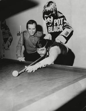 1974 Actor John Alderton takes on John Spencer at the Ideal Home Exhibition