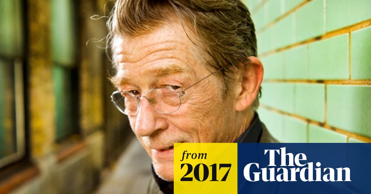 John Hurt, widely admired stage and screen actor, dies aged