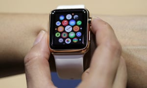 As Apple Watch launches, smartwatch app makers explore new