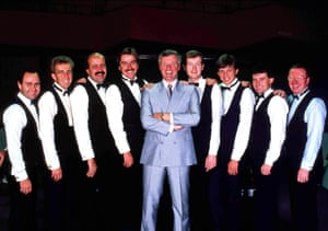 1988 Snooker's Matchroom team with Manager Barry Hearn, (left to right) Tony Meo, Terry Griffiths, Willie Thorne, Cliff Thorburn, Barry Hearn, Steve Davis, Neal Foulds, Jimmy White and Dennis Taylor