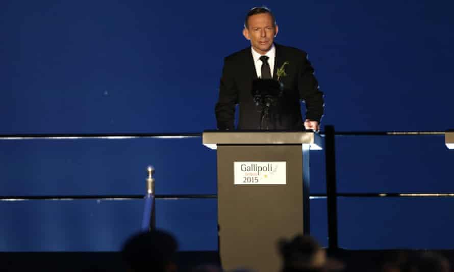 Tony Abbott speaks at Anzac Cove.