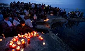 malta candle vigil for hundreds migrants dead in mediterranean